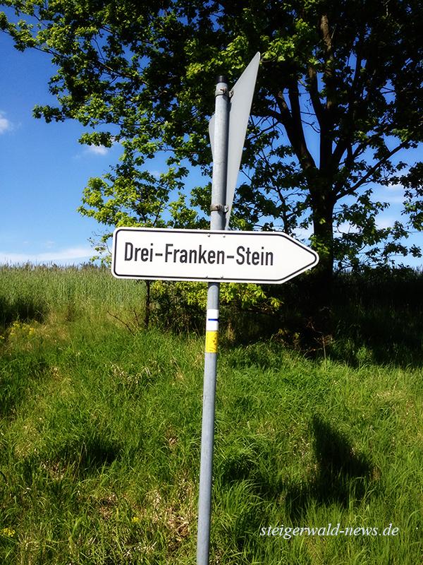 Drei-Franken-Stein Schild