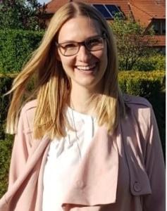 Jasmin Glück musikalische Leiterin des Projektchores Burgebrach